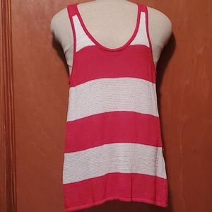 Red and White Striped Knit Razorback top, Lg
